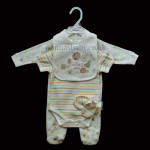 "Unisex ""Farmyard"" 4 Piece Layette"